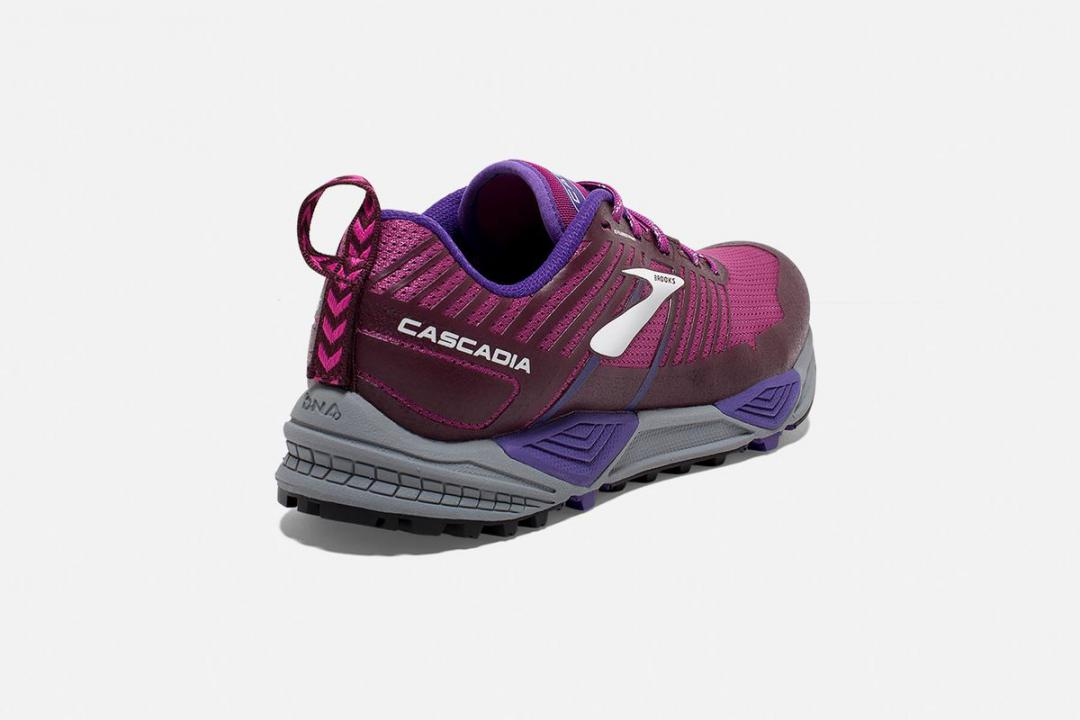 Trail | Damen Brooks Cascadia 13 Violet